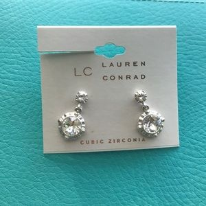 Silver Sparkle Cubic Zirconia Dangle Earrings -NEW